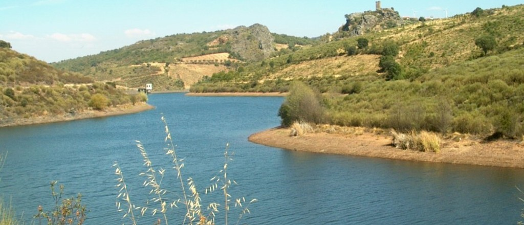 Barragem de penas r ias  medium  1 1024 440